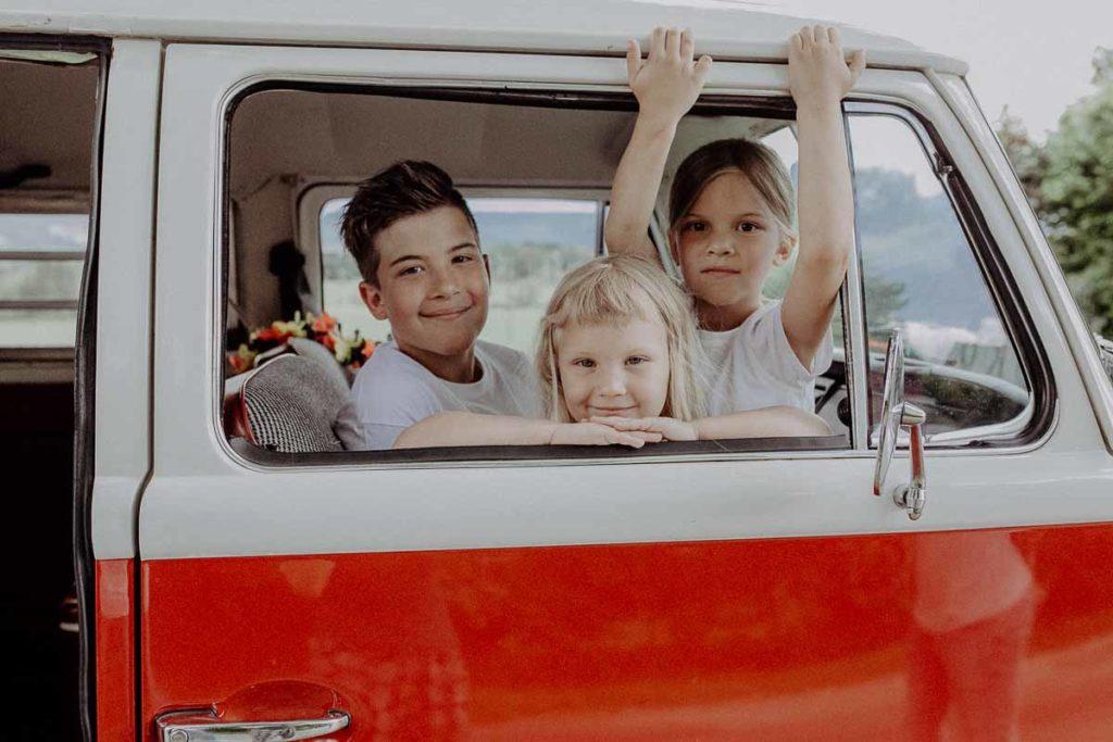 familien-shooting-im-vw-fotobulli-muenchen-bad-toelz-melpomeni-photography