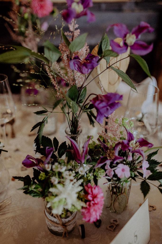heiraten-auf der angerer-alm-gesteck-melpomeni-photograhy