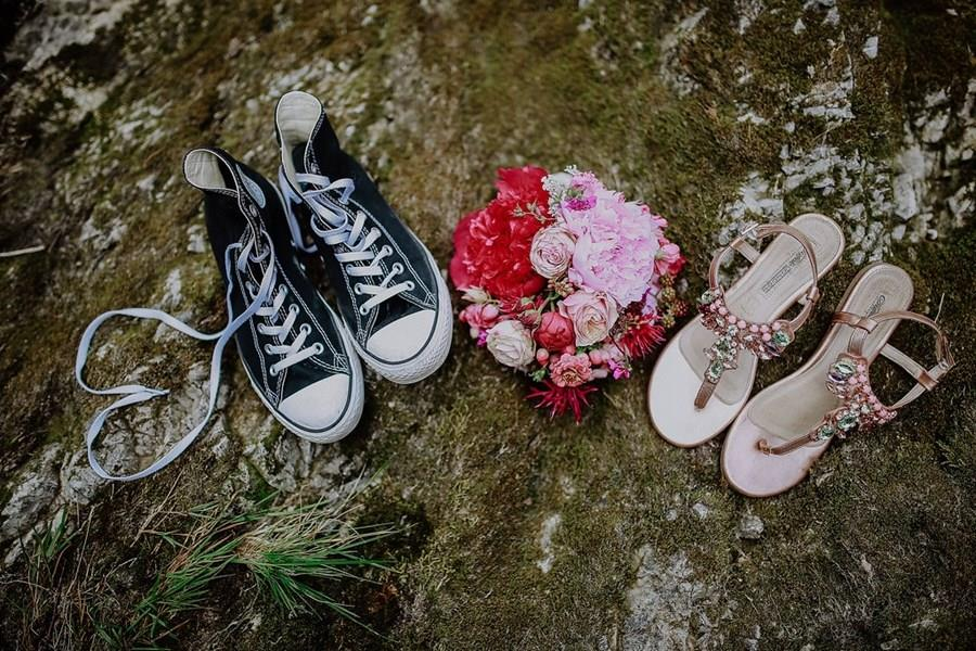 sommerliche-auszeit-in-lenggries-hochzeitsfotos-heriaten-in-der-natur-melpomeni-photogrpahy